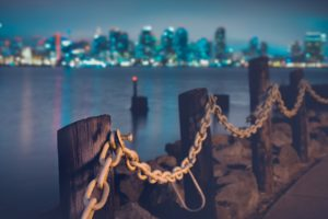 shore-chains-city-skyline-1